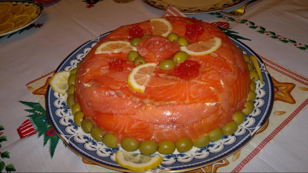 салат из консервированного тунца и крабовых палочек