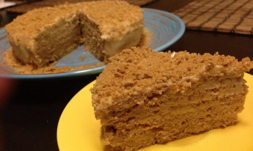 2 этап торт Медовик