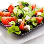 Греческий салат по Дюкану.