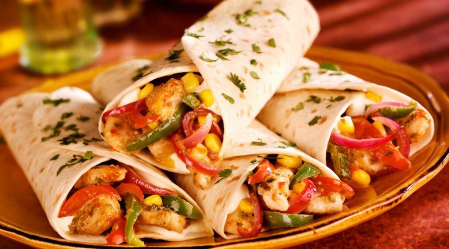 тортилья, мексиканская лепёшка с начинкой